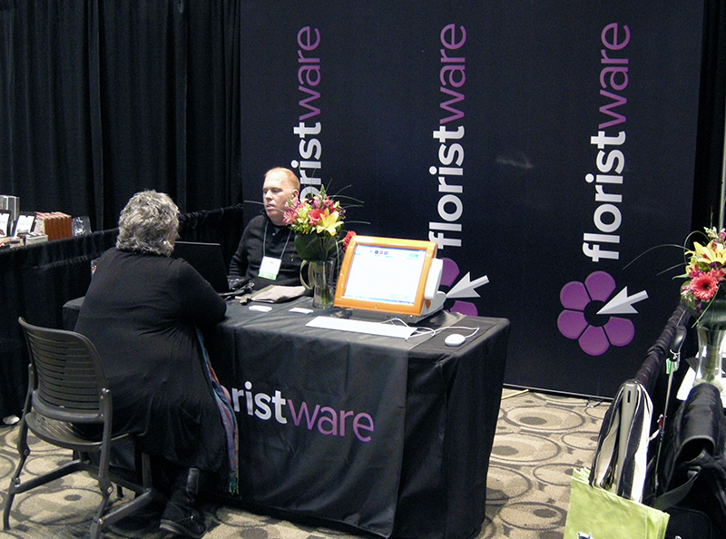 Tim_Huckabee_and_Leslie_Cox_at_GLFE_2013.png